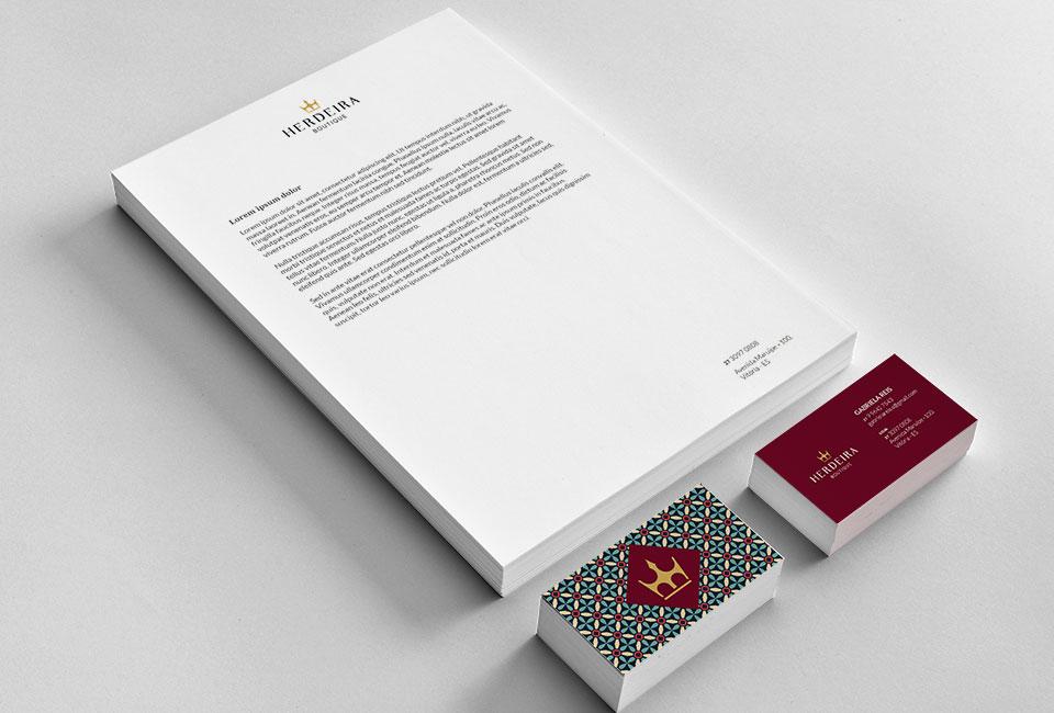 Projeto de Design de Comunicação na Herdeira Modas